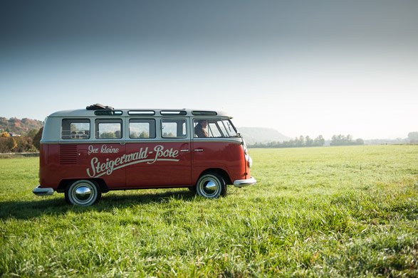 VW T1 in Landschaft